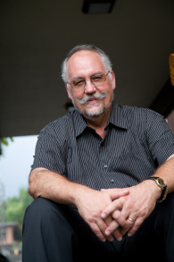 Tom Bloomer Profile Shot