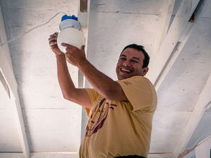 Eric Ochoa Builds With Homes of Hope