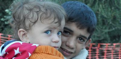 Refugees-Kids-Lesbos