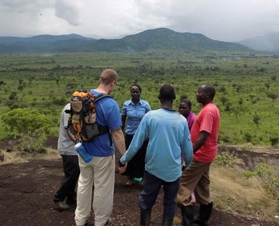 YWAMers pray in South Sudan
